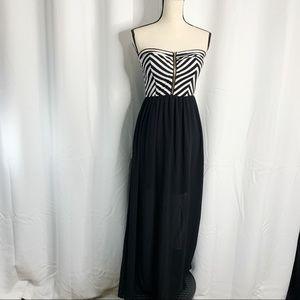 Iris black white striped sheer zip front maxi L